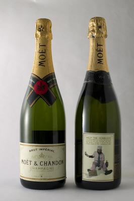 <br/>Photo: Tom Cinko / Champagne Campaign, 2003