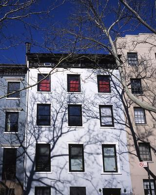 <br/>Photo: Russell Gera / The townhouse in which HoMu BKLYN occupies the top floor