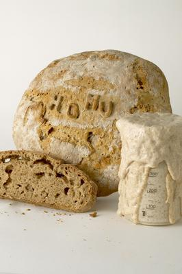<br/>Photo: Tom Cinko / HoMu Sourdough Bread